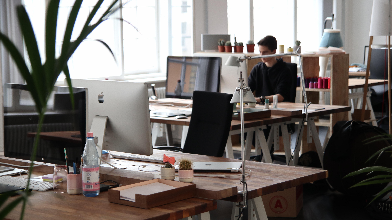 cowork-in-office-soace